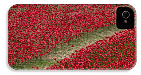 Poppies Of Remembrance IPhone 4 / 4s Case by Martin Newman