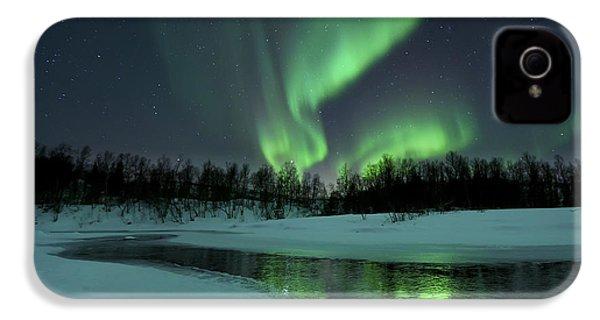 Reflected Aurora Over A Frozen Laksa IPhone 4 Case
