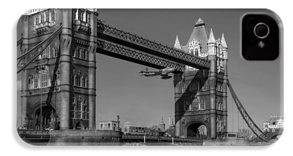 IPhone 4 Case featuring the photograph Seven Seconds - The Tower Bridge Hawker Hunter Incident Bw Versio by Gary Eason