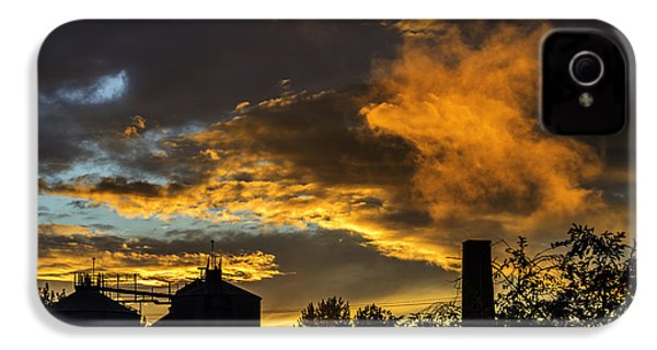 IPhone 4 Case featuring the photograph Smoky Sunset by Jeremy Lavender Photography
