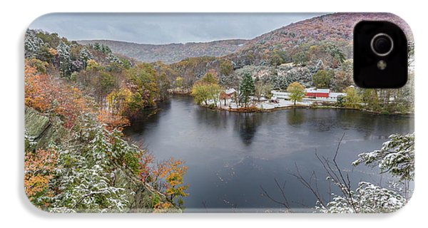 IPhone 4 Case featuring the photograph Snowliage by Bill Wakeley