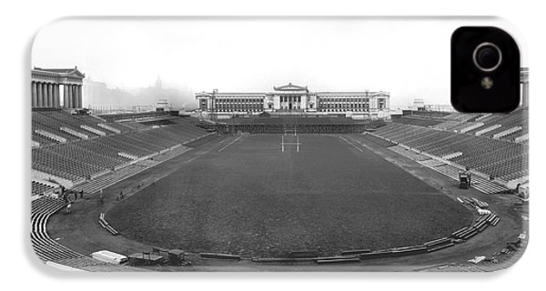 Soldier Field In Chicago IPhone 4 / 4s Case by Underwood Archives
