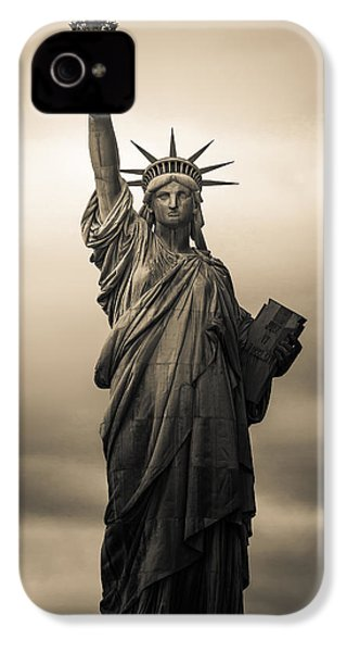 Statute Of Liberty IPhone 4 Case by Tony Castillo