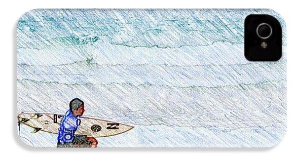 Surfer In Aus IPhone 4 Case by Daisuke Kondo