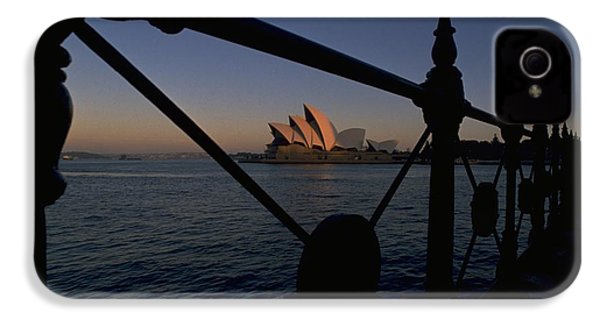IPhone 4 / 4s Case featuring the photograph Sydney Opera House by Travel Pics