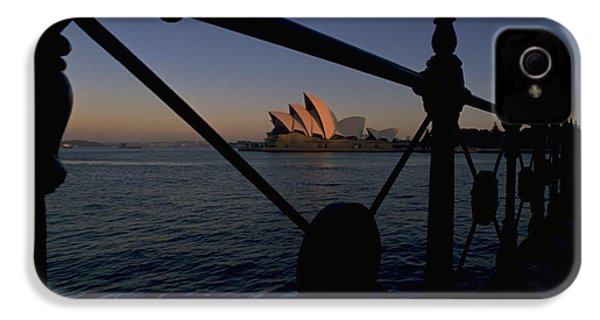 Sydney Opera House IPhone 4 Case