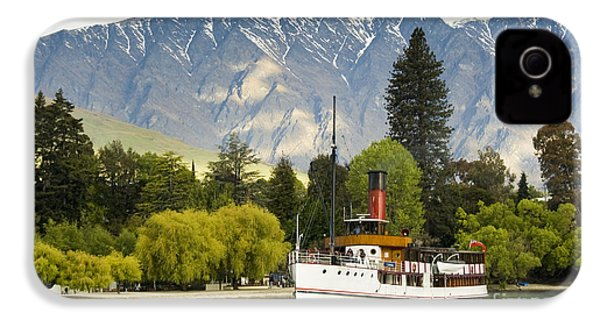 IPhone 4 Case featuring the photograph The Earnslaw by Werner Padarin