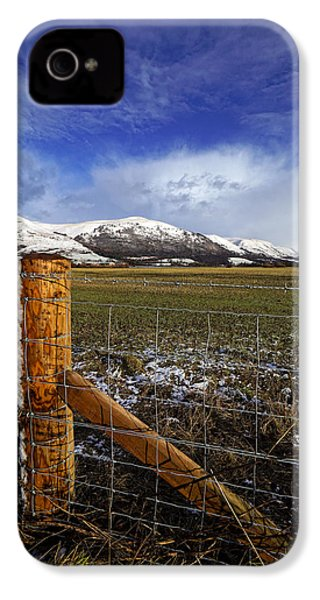 IPhone 4 Case featuring the photograph The Ochils In Winter by Jeremy Lavender Photography