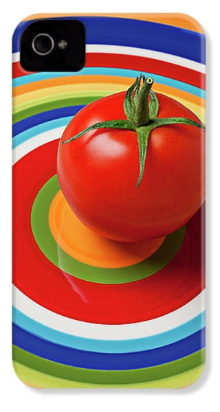 Tomato On Plate With Circles IPhone 4 / 4s Case by Garry Gay