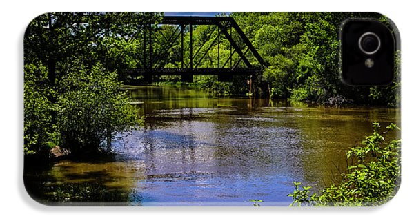 IPhone 4 Case featuring the photograph Trestle Over River by Mark Myhaver