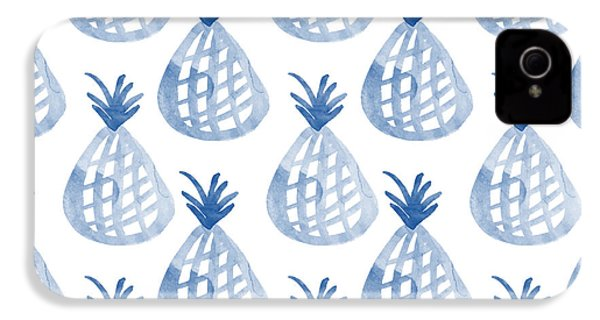 White And Blue Pineapple Party IPhone 4 / 4s Case by Linda Woods