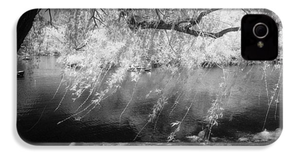 Willow Tree Lake II IPhone 4 Case by Dave Beckerman