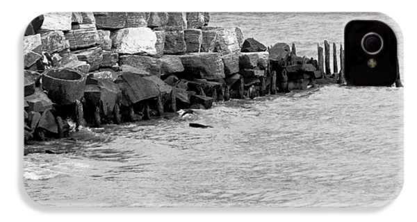 IPhone 4s Case featuring the photograph Breakwater by Ricky L Jones