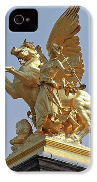 Pegasus Statue At The Pont Alexander IPhone 4s Case by William Sutton