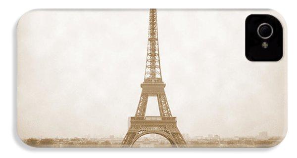 A Walk Through Paris 5 IPhone 4s Case