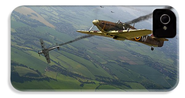 Battle Of Britain Dogfight IPhone 4s Case by Gary Eason