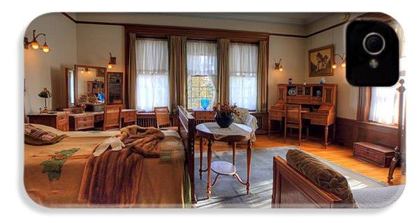 Bedroom Glensheen Mansion Duluth IPhone 4s Case by Amanda Stadther
