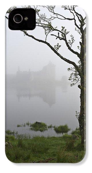 Castle Kilchurn Tree IPhone 4s Case by Gary Eason