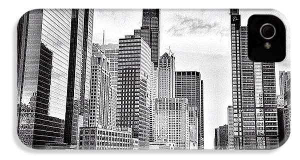 Chicago River Buildings Black And White Photo IPhone 4s Case