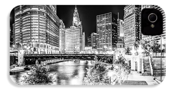 Chicago River Buildings At Night In Black And White IPhone 4s Case by Paul Velgos