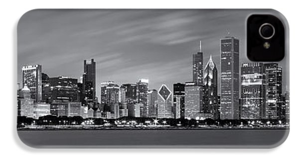 Chicago Skyline At Night Black And White Panoramic IPhone 4s Case