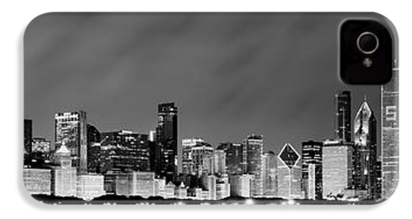Chicago Skyline At Night In Black And White IPhone 4s Case by Sebastian Musial