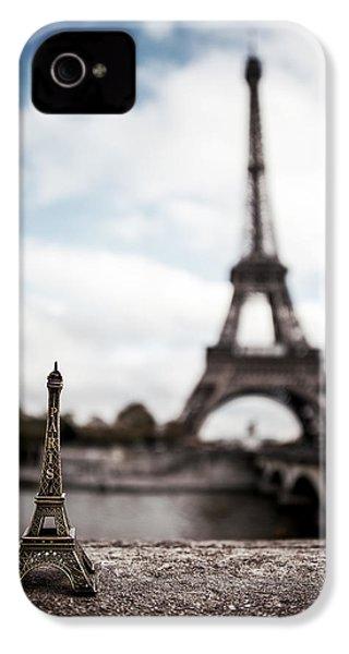 Eiffel Trinket IPhone 4s Case by Ryan Wyckoff