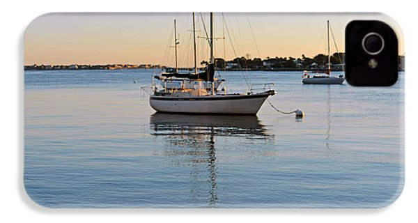 IPhone 4s Case featuring the photograph Harbor Sunrise by Anthony Baatz