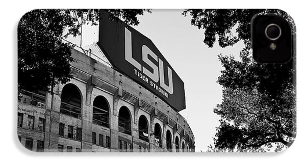 Lsu Through The Oaks IPhone 4s Case by Scott Pellegrin