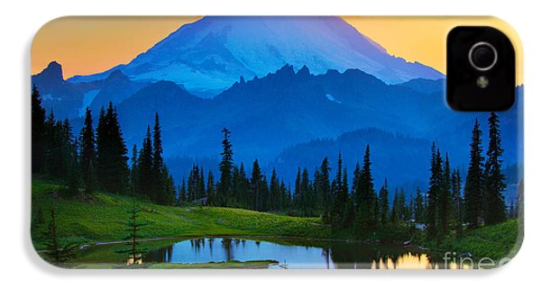 Mount Rainier Goodnight IPhone 4s Case