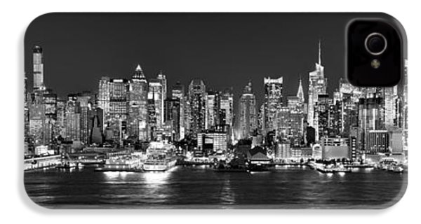 New York City Nyc Skyline Midtown Manhattan At Night Black And White IPhone 4s Case by Jon Holiday