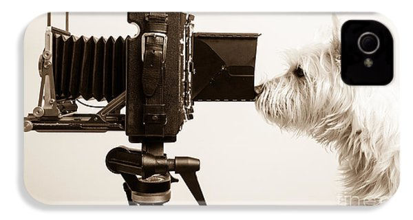 Pho Dog Grapher IPhone 4s Case by Edward Fielding