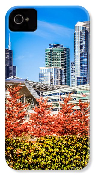 Picture Of Chicago In Autumn IPhone 4s Case by Paul Velgos