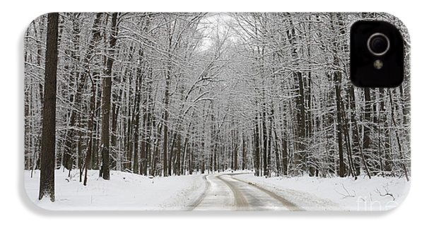 Snowy Road In Oak Openings 7058 IPhone 4s Case by Jack Schultz
