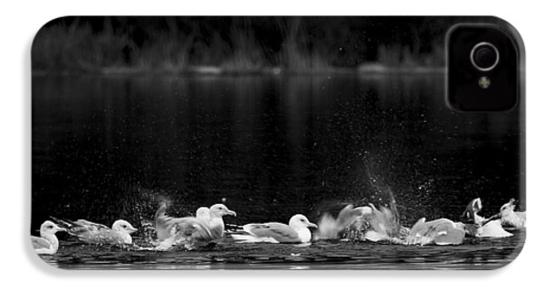 IPhone 4s Case featuring the photograph Splashing Seagulls by Yulia Kazansky