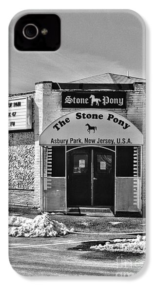 Stone Pony In Black And White IPhone 4s Case by Paul Ward