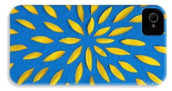 Sunflower Petals Pattern IPhone 4s Case
