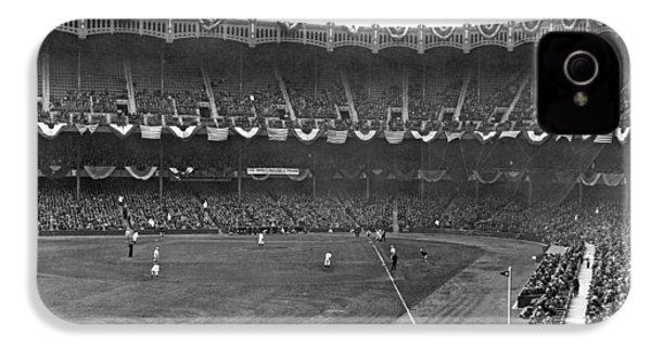 View Of Yankee Stadium IPhone 4s Case