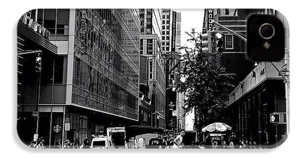 New York City Flow Of Life IPhone 4s Case by Vivienne Gucwa