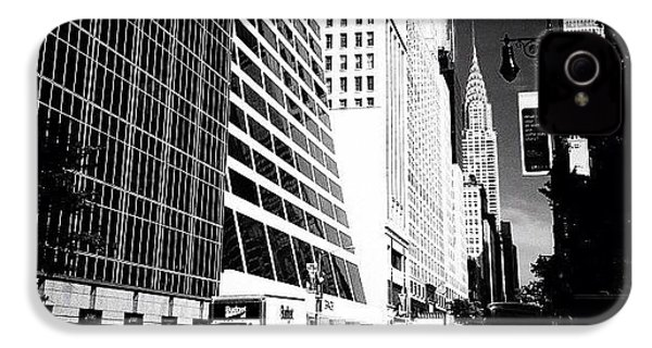 The Chrysler Building In New York City IPhone 4s Case