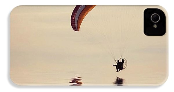 Powered Paraglider IPhone 4s Case