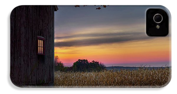 IPhone 4s Case featuring the photograph Autumn Glow by Bill Wakeley