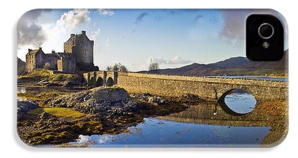 Bridge To Eilean Donan IPhone 4s Case by Gary Eason