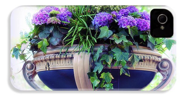 IPhone 4s Case featuring the photograph Central Park Planter by Jessica Jenney