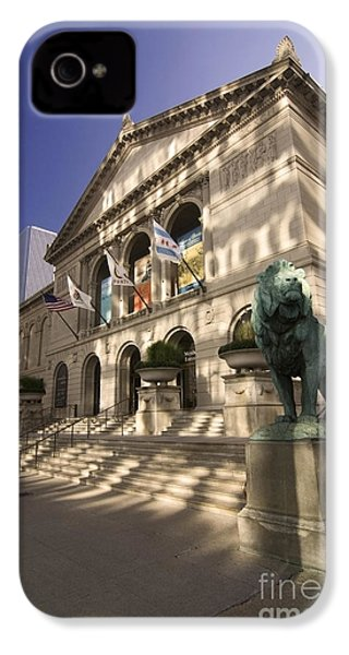 Chicago's Art Institute In Reflected Light. IPhone 4s Case