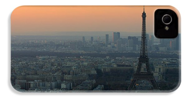 Eiffel Tower At Dusk IPhone 4s Case by Sebastian Musial