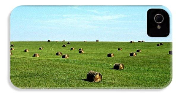 Fields Of Green IPhone 4s Case by Mark Mickelsen