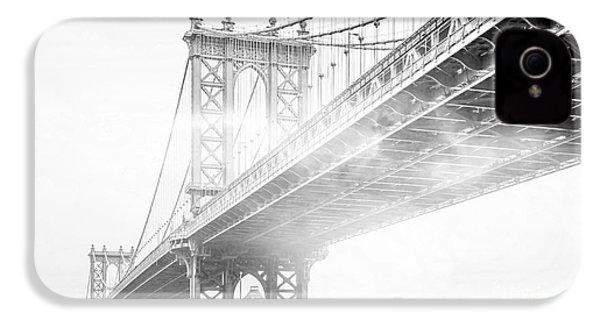 Fog Under The Manhattan Bw IPhone 4s Case by Az Jackson