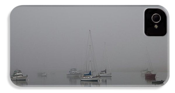 Waiting Out The Fog IPhone 4s Case by David Chandler