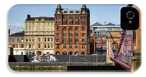 IPhone 4s Case featuring the photograph Glasgow by Jeremy Lavender Photography